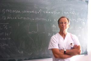 Eliseo Pascual también es profesor del Master en Enfermedades Infecciosas y Salud Internacional